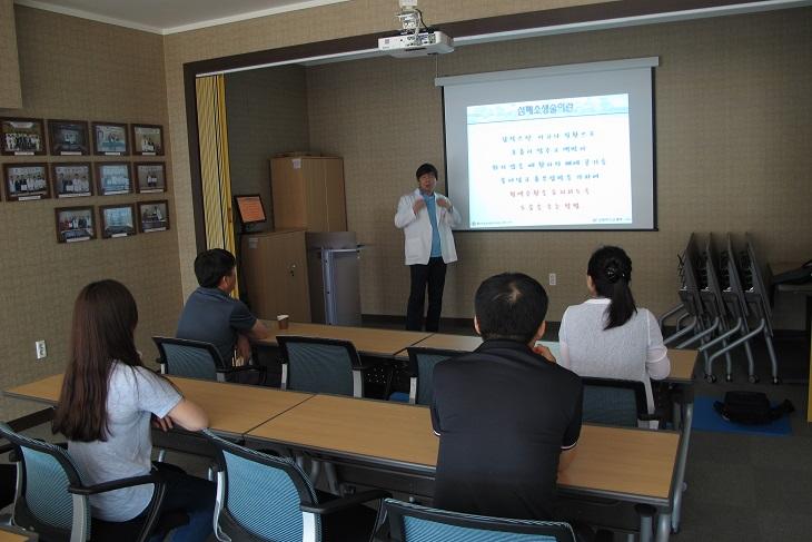 SK테크노파크내 근로자 대상심폐소생술 교육2.JPG